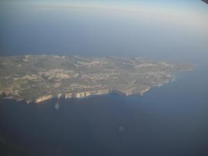 OcellsMalta. L'illa de Gozo és molt escarpada i, com Malta, és molt humanitzada. Foto: Pere Alzina
